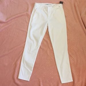 Fashion nova white skinny jeans